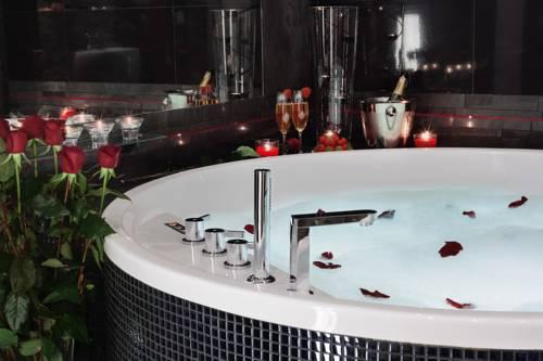 Komorowski Luxury Guest Rooms - Kraków