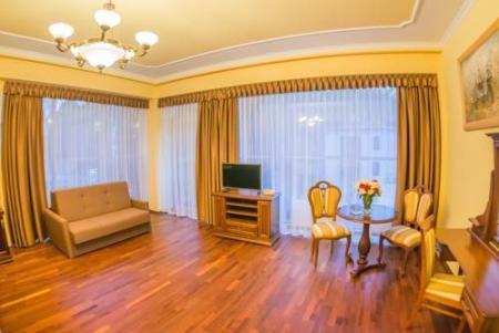 Hotel Victoria Cechini - Krynica-Zdrój