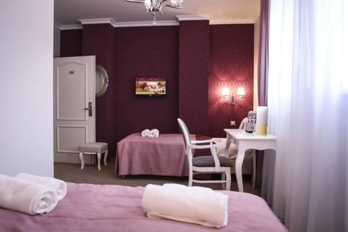 Hotel Madelaine - Lwówek Śląski