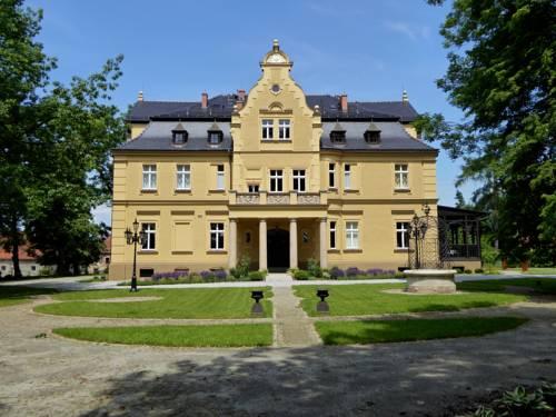 Pałac Gruszów - Marcinowice