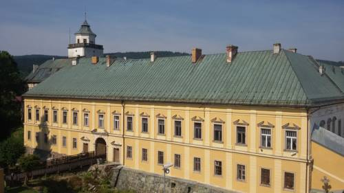 Zamek Międzylesie - Międzylesie