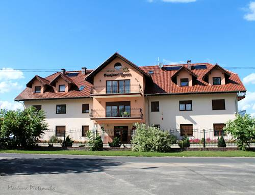 Pensjonat Korona - Modrzyca