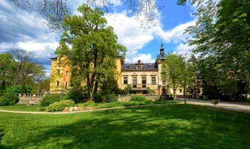 Zamek Kliczków Centrum Konferencyjno-Wypoczynkowe - Osiecznica