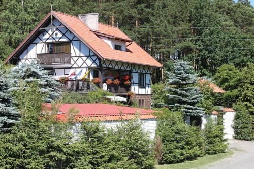 Dom Kaszubski nad jeziorem - Ostrzyce