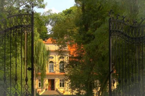 Palace Popowo Stare - Popowo Stare