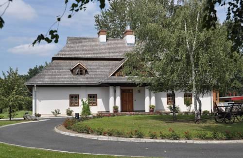 Zajazd-Camping-Skansen Pastewnik - Przeworsk