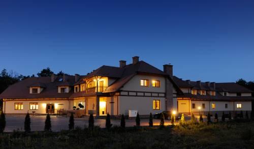 ForRest Hotel & Restaurant - Racula