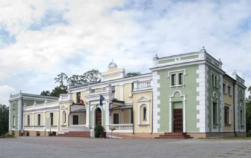 Pałacyk w Lisewie - Skulsk