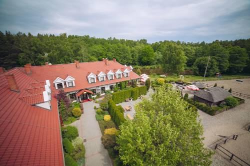 Hubertus Aparthotel & Restaurant & Horse Club - Starogard Gdański