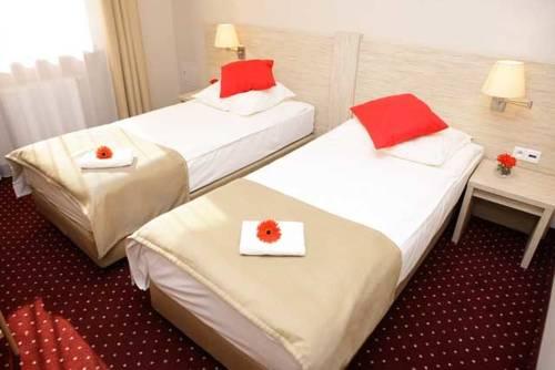 Hotel 500 W Strykowie - Stryków