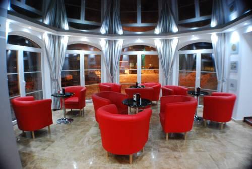 Amigo Hotel - Sulejówek