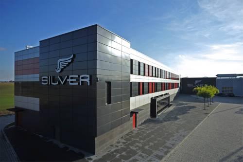Silver Hotel & Gokart Center - Szczecin