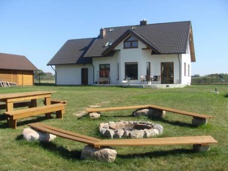 Dom za lasem - Sztum