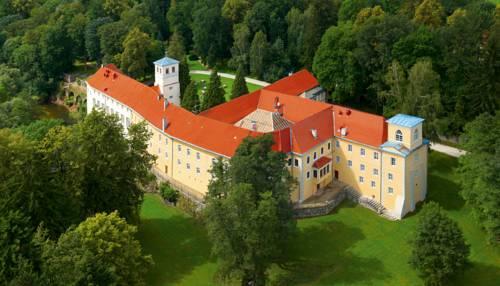 Zamek Na Skale - Trzebieszowice