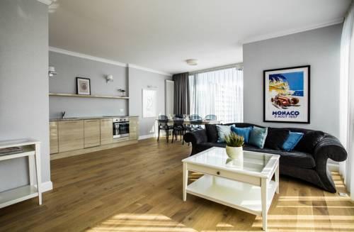 Triton Park Apartments - Warszawa