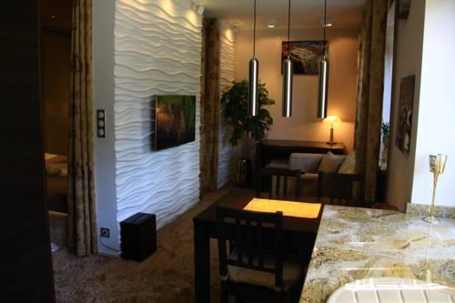 Old Muranow Apartment by WarsawResidence Group - Warszawa