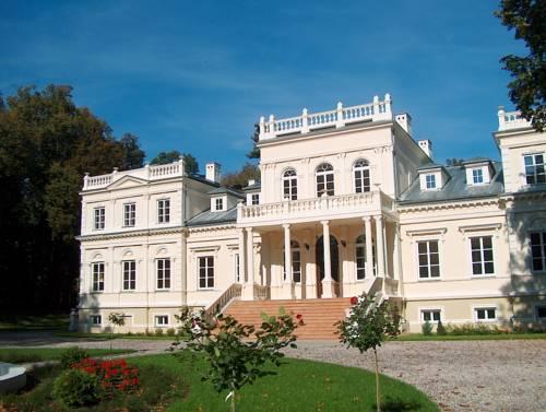 Pałac Chojnata - Wola-Chojnata