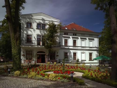 Hotel Bugatti - Wrocław