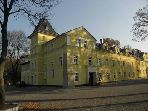 Pałac Lucja - Zakrzów