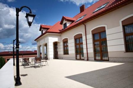 Hotel Trzy Róże - Zemborzyce Dolne