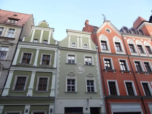 Rosemary's Hostel - Poznań