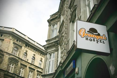 Grampa's Hostel - Wrocław