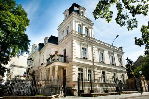 Hotel Ambasada Bolesławiec - Bolesławiec