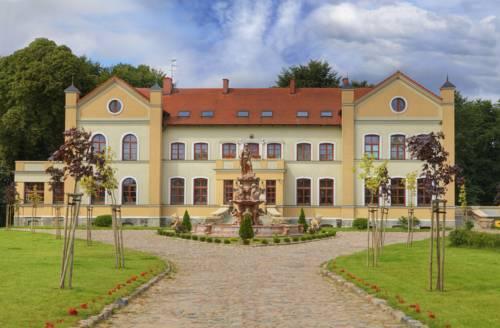 Pałac Myśliwski Słonowice - Brzeżno