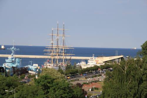Sleepy3city with Sea View - Gdynia
