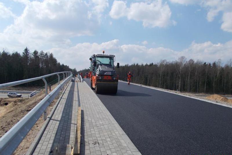 Nawierzchnia asfaltowa na odcinku obwodnicy Olsztyna w ciągu drogi krajowej nr 16