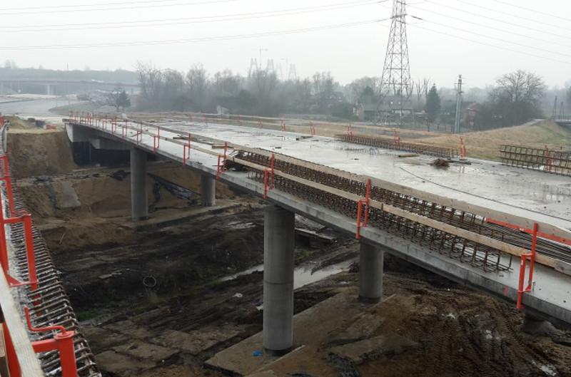 Budowa mostu przez Wisłę w ciągu drogi ekspresowej S7 w Krakowie