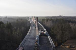 Próba mostu na obwodnicy Ostródy. W grudniu pojedziemy tylko jedną jezdnią DK16