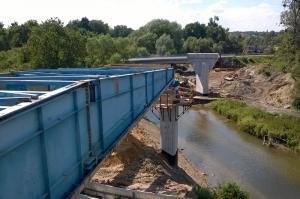 Wrocław: Na obwodnicy Leśnicy powstaje niezwykły most nasuwany