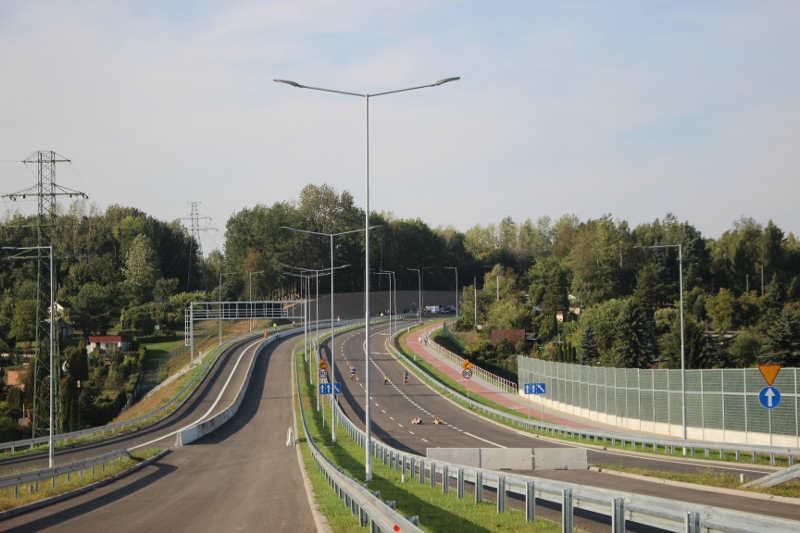 Trzeci odcinek trasy N-S w Rudzie Śląskiej przejezdny. Są widoki na kolejne odcinki