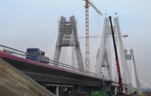Obwodnica Krakowa z nowym mostem przez Wisłę. Z wizytą na budowie drogi S7