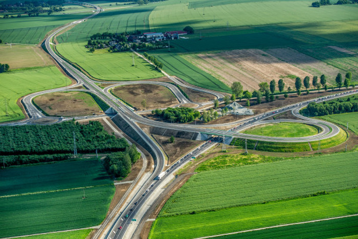 Niebezpieczna DK8 Wrocław-Kłodzko będzie rozbudowana. Jest nadzieja na S8