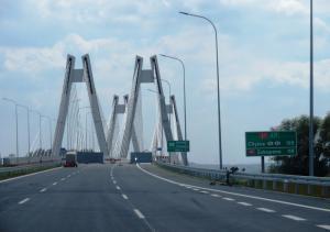 Obwodnica Krakowa: Droga S7 z nowym mostem na Wiśle przed otwarciem