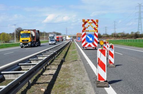 Korki na A4 pod Wrocławiem. Remont autostrady i węzła bielańskiego w pełni